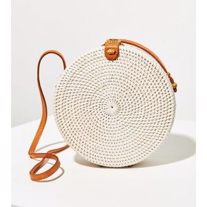NWOT Structured Circle Straw Crossbody Bag